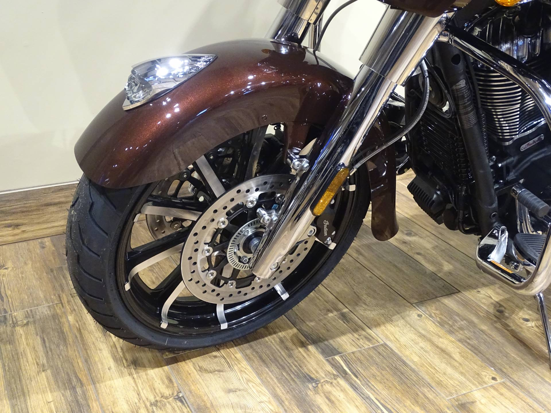 2019 Indian Chieftain® Limited ABS in Saint Michael, Minnesota - Photo 5