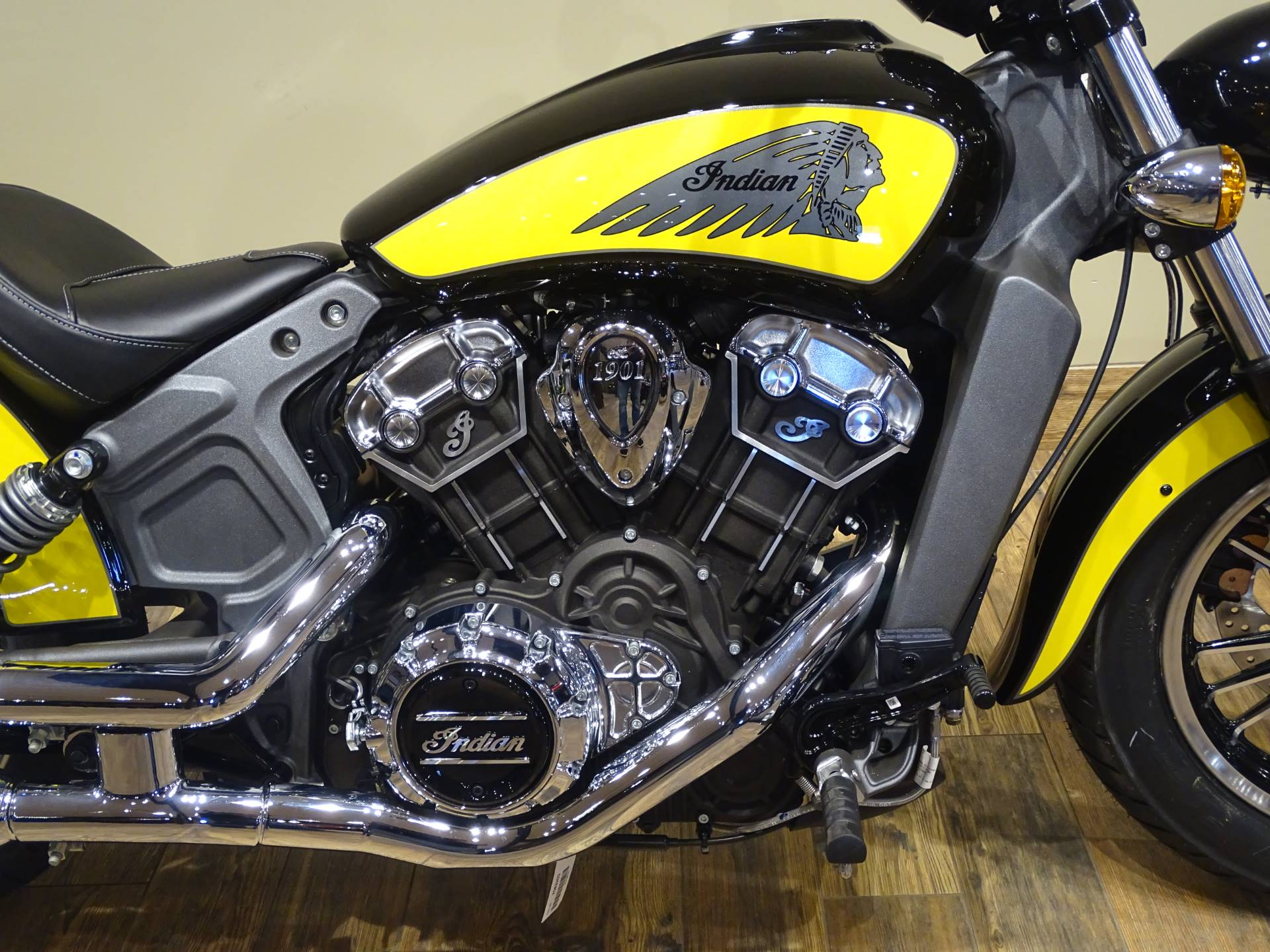 2019 Indian Scout® ABS Icon Series in Saint Michael, Minnesota - Photo 3