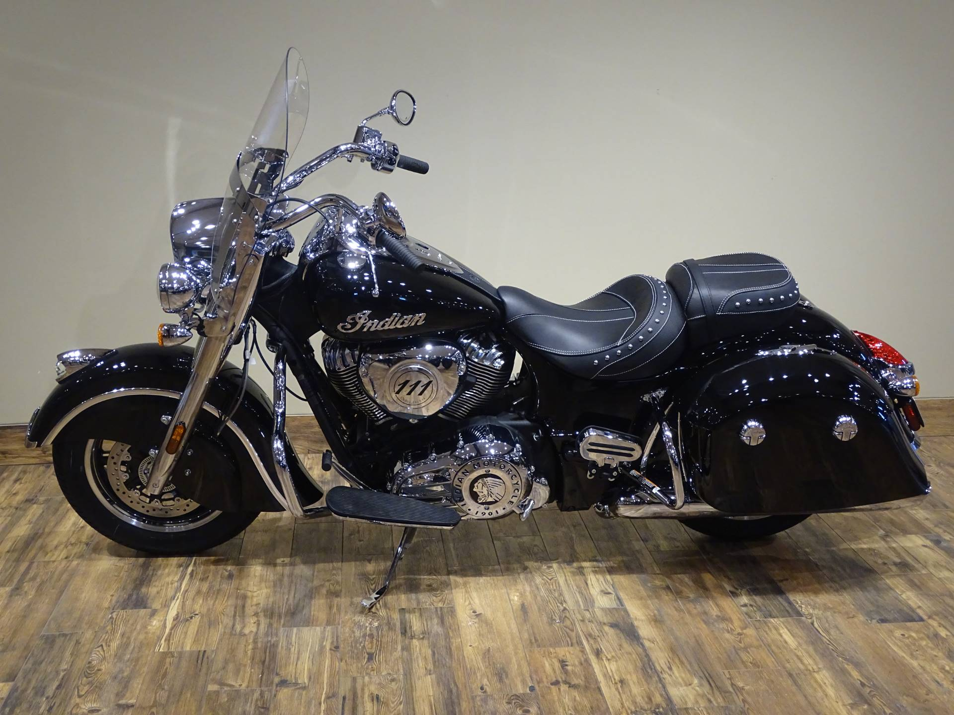 2019 Indian Springfield® ABS in Saint Michael, Minnesota - Photo 2