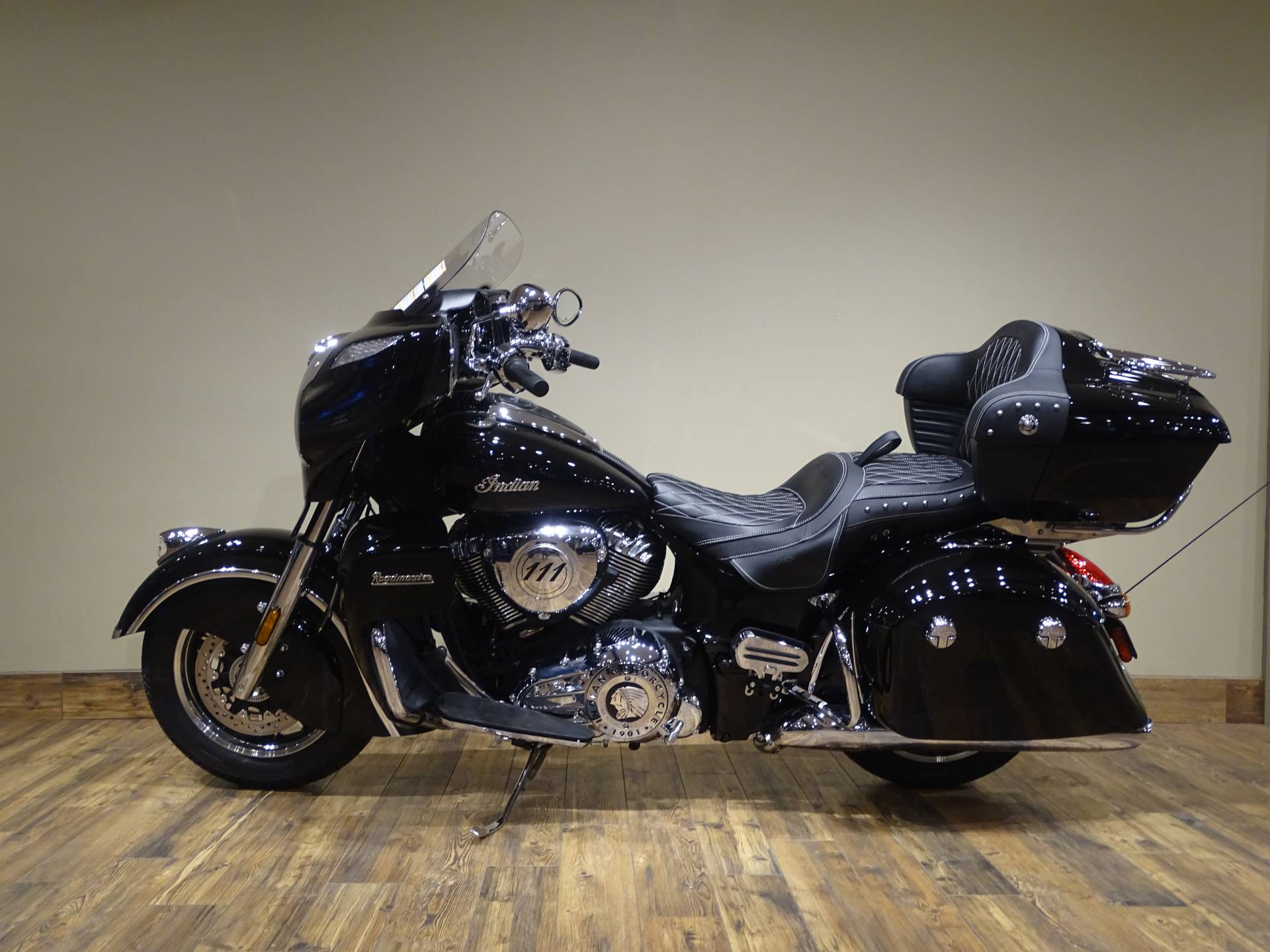 2019 Indian Roadmaster® ABS in Saint Michael, Minnesota - Photo 2