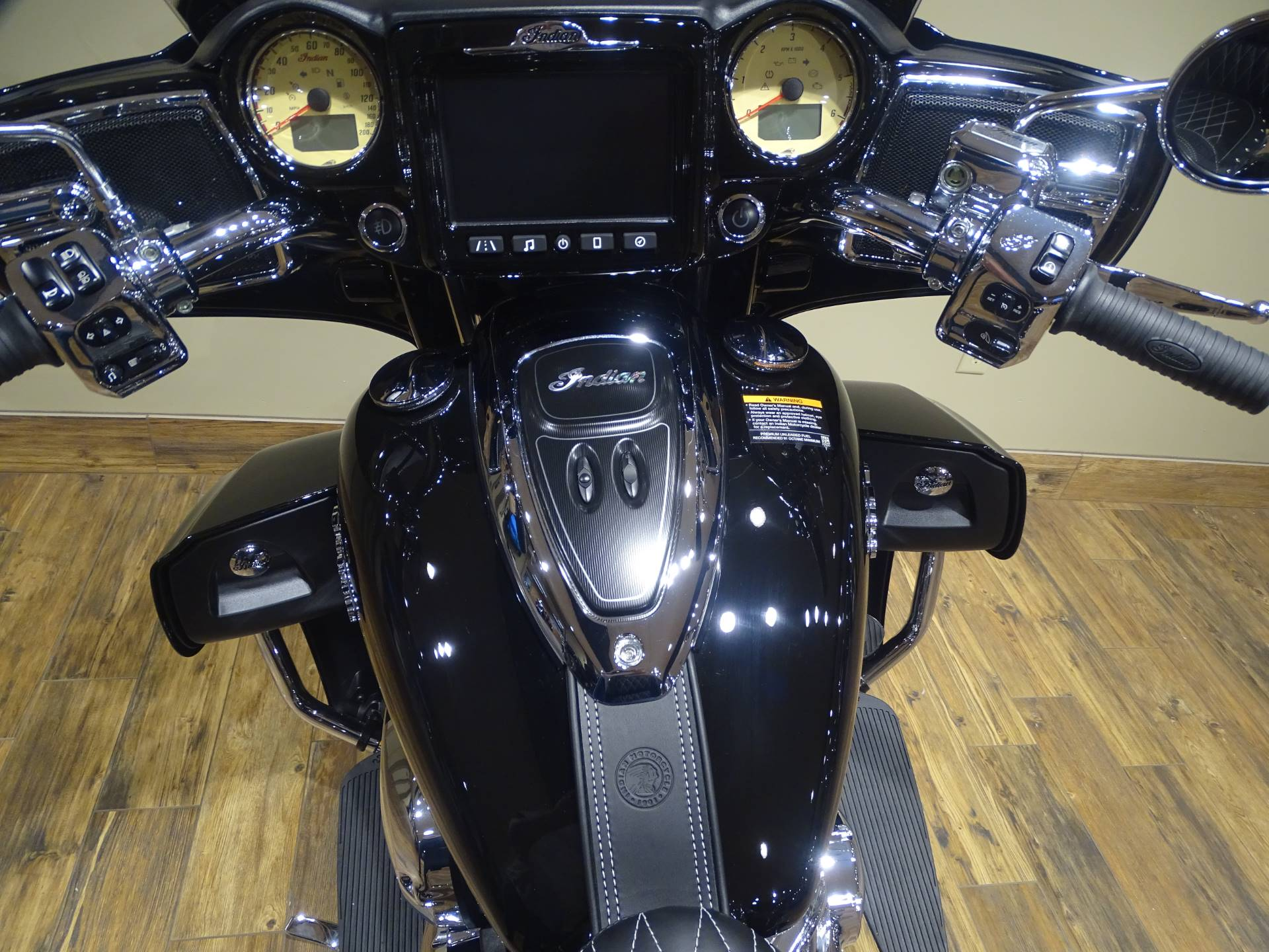 2019 Indian Roadmaster® ABS in Saint Michael, Minnesota - Photo 7
