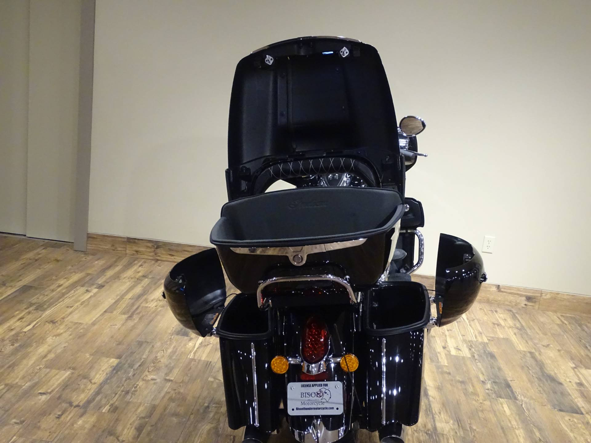 2019 Indian Roadmaster® ABS in Saint Michael, Minnesota - Photo 14