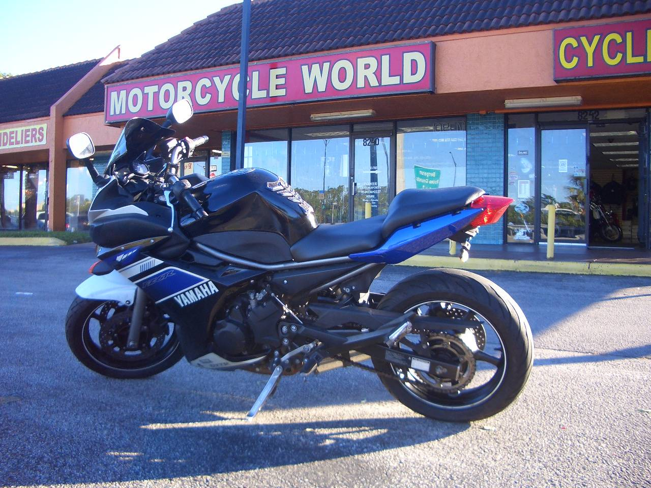 2013 Yamaha FZ6R in Fort Lauderdale, Florida