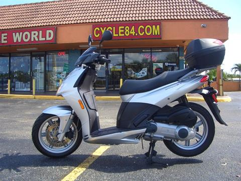 2009 Aprilia Sportcity Cube 250 in Fort Lauderdale, Florida - Photo 1