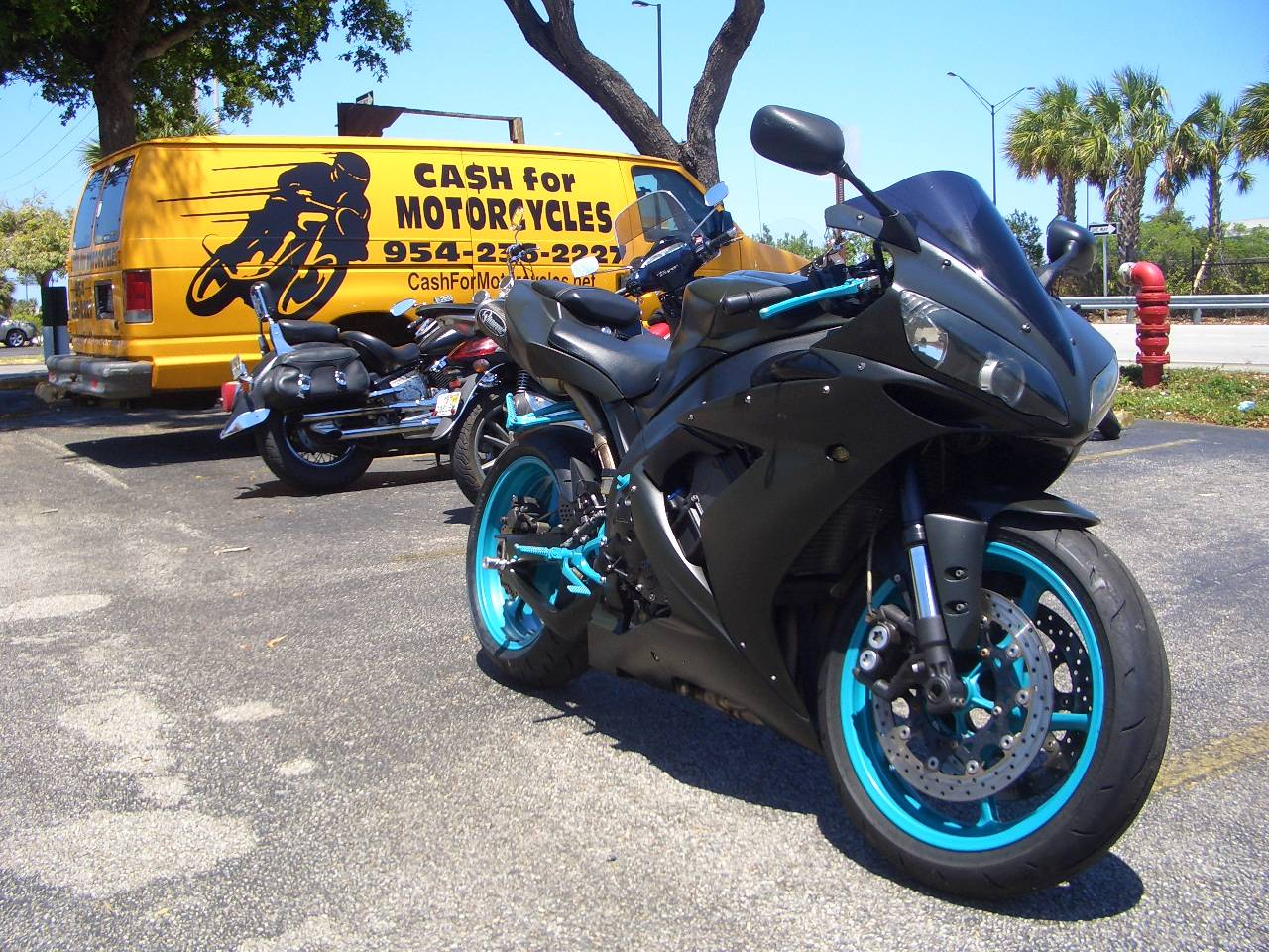 2005 Yamaha YZF-R1  in Fort Lauderdale, Florida