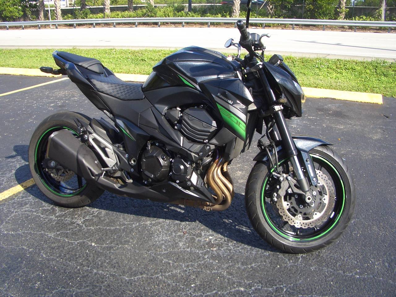 2016 Kawasaki Z800 ABS in Fort Lauderdale, Florida - Photo 6