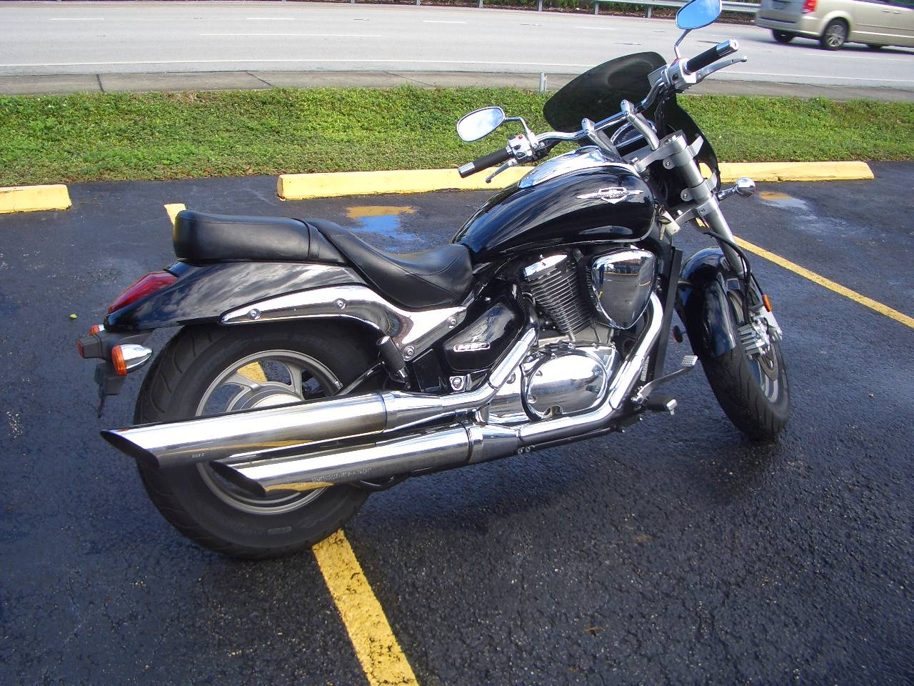 2013 Suzuki Boulevard M50 in Fort Lauderdale, Florida - Photo 5