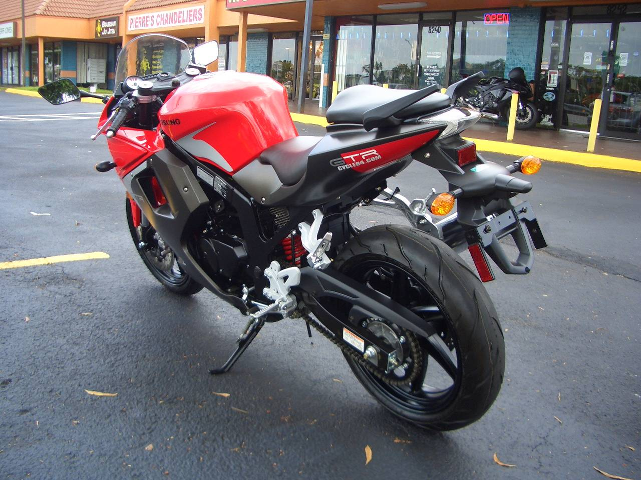 2015 Hyosung GT250R in Fort Lauderdale, Florida