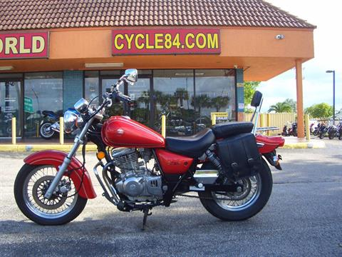 1999 Suzuki GZ250X in Fort Lauderdale, Florida