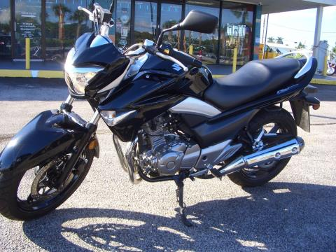2013 Suzuki GW250 in Fort Lauderdale, Florida - Photo 2