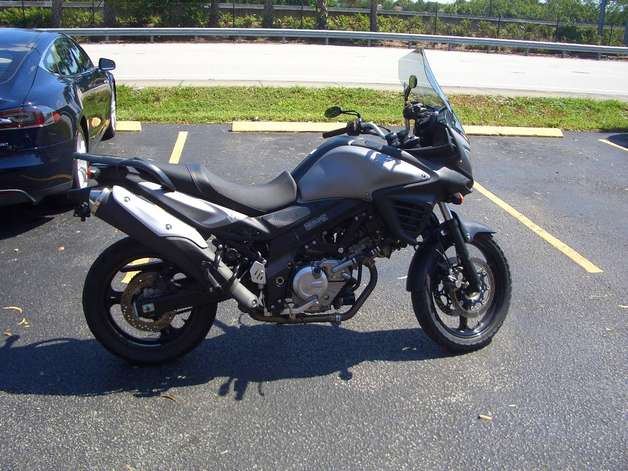 2015 Suzuki V-Strom 650 ABS Adventure in Fort Lauderdale, Florida - Photo 5