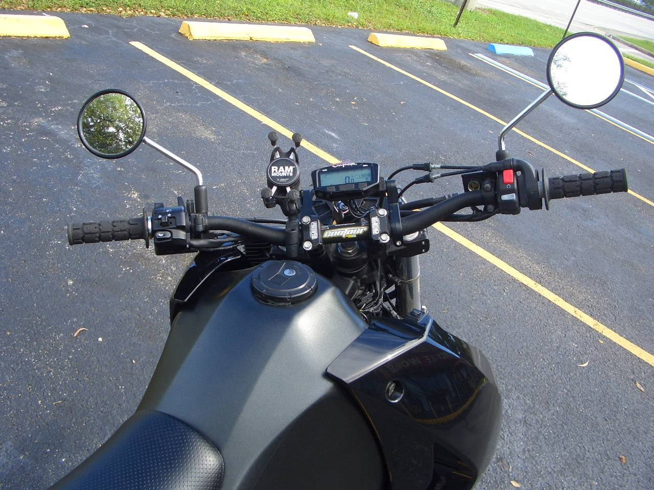 2018 Kawasaki KLR 650 in Fort Lauderdale, Florida - Photo 9