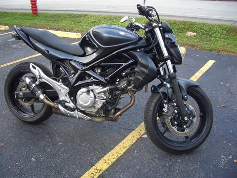 2013 Suzuki SFV650 in Fort Lauderdale, Florida - Photo 7