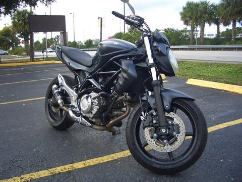 2013 Suzuki SFV650 in Fort Lauderdale, Florida - Photo 8