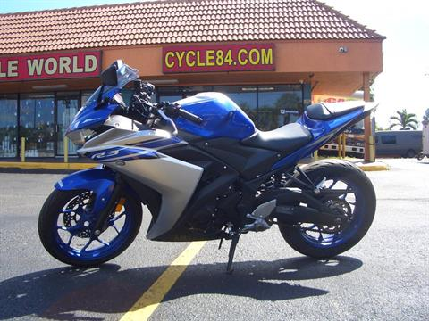 2016 Yamaha YZF-R3 in Fort Lauderdale, Florida