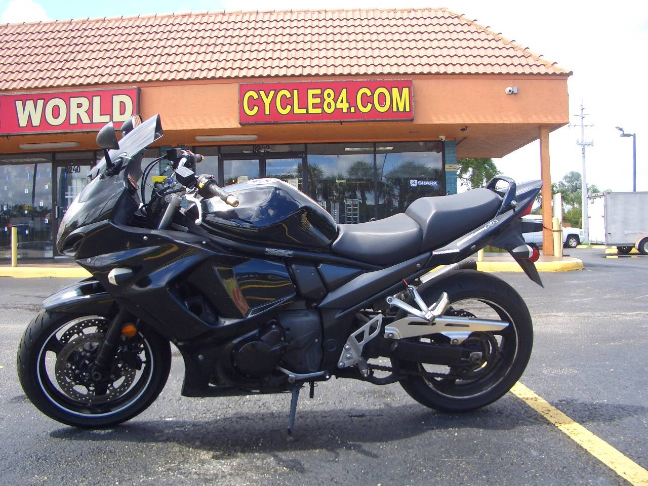 2011 Suzuki GSX1250FA in Fort Lauderdale, Florida - Photo 1