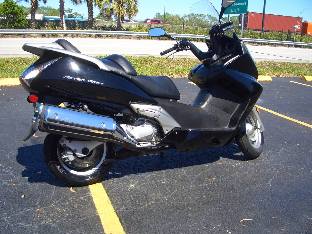 2013 Honda Silver Wing® in Fort Lauderdale, Florida - Photo 5