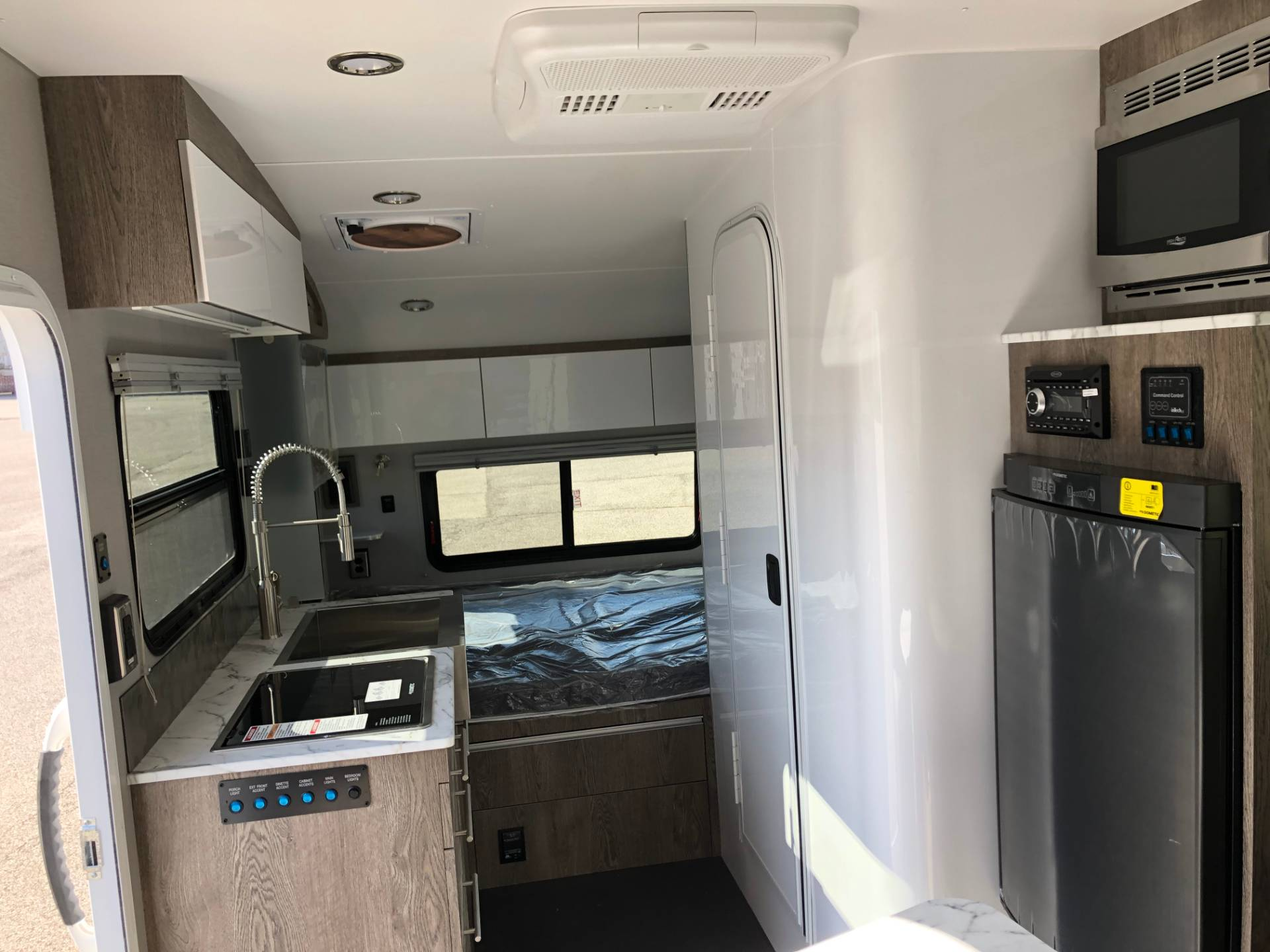 2019 InTech RV SOL in Louisville, Kentucky - Photo 15