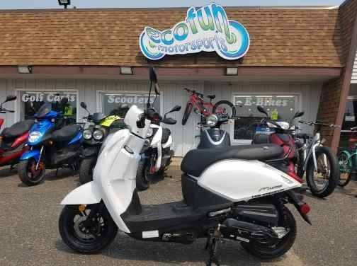 2021 SYM Mio 49cc Scooter in Forest Lake, Minnesota - Photo 3