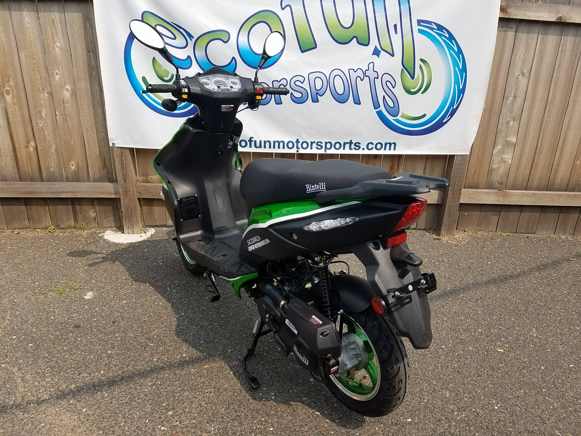 2021 Bintelli Scorch 49cc Scooter in Forest Lake, Minnesota - Photo 8