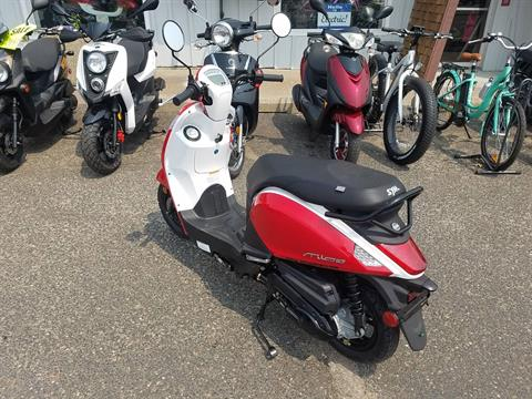 2021 SYM Mio 49cc Scooter in Forest Lake, Minnesota - Photo 10