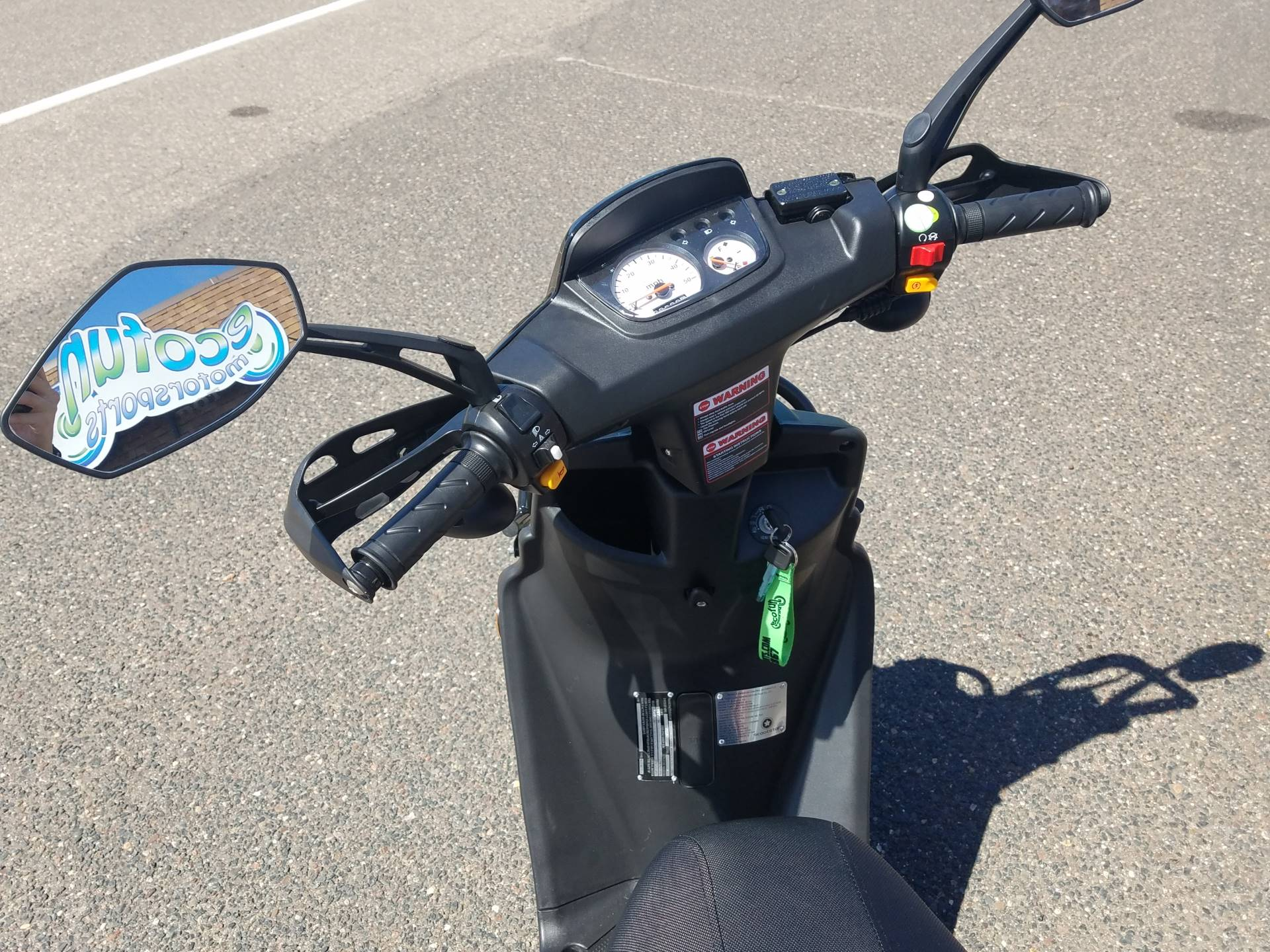 2021 ZHNG Roguestar 150cc Scooter in Forest Lake, Minnesota - Photo 15