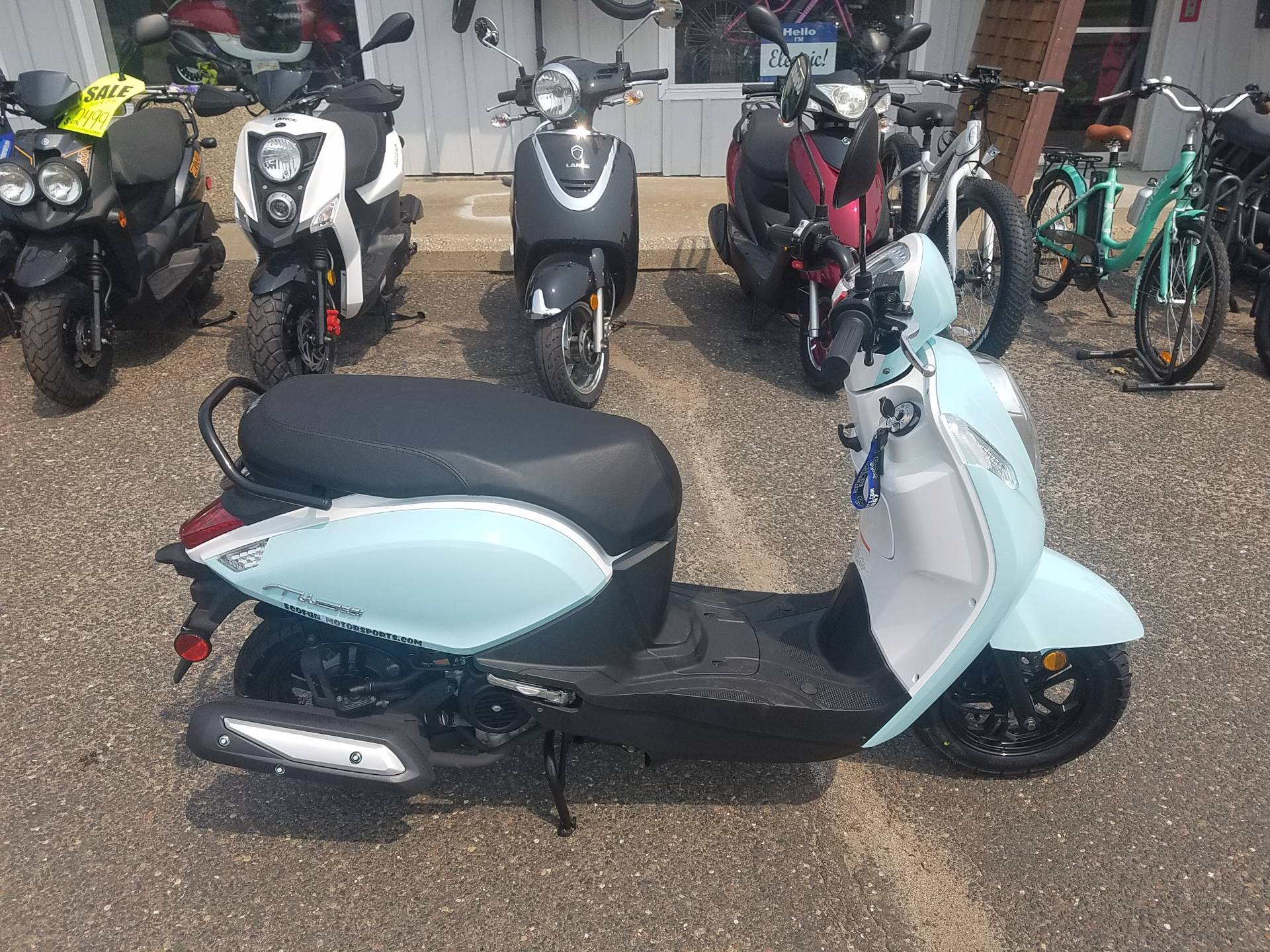 2021 SYM Mio 49cc Scooter in Forest Lake, Minnesota - Photo 5