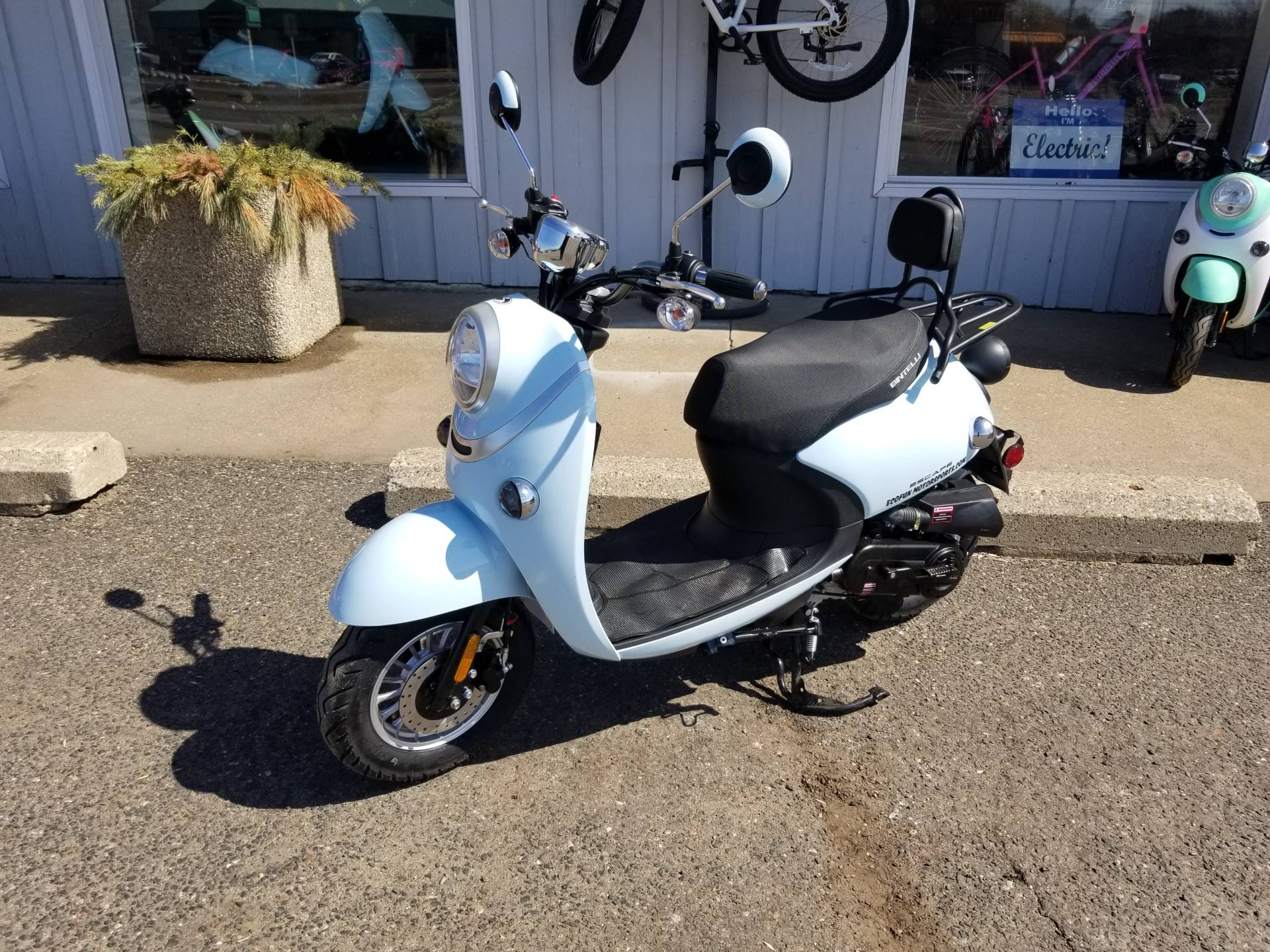 2021 Bintelli  Escape 49cc Scooter in Forest Lake, Minnesota - Photo 2