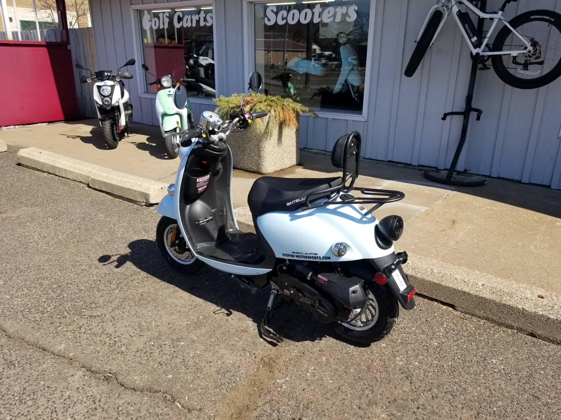 2021 Bintelli  Escape 49cc Scooter in Forest Lake, Minnesota - Photo 5