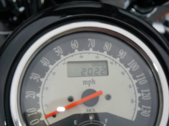 2013 Kawasaki Vulcan® 900 Custom in Bristol, Virginia