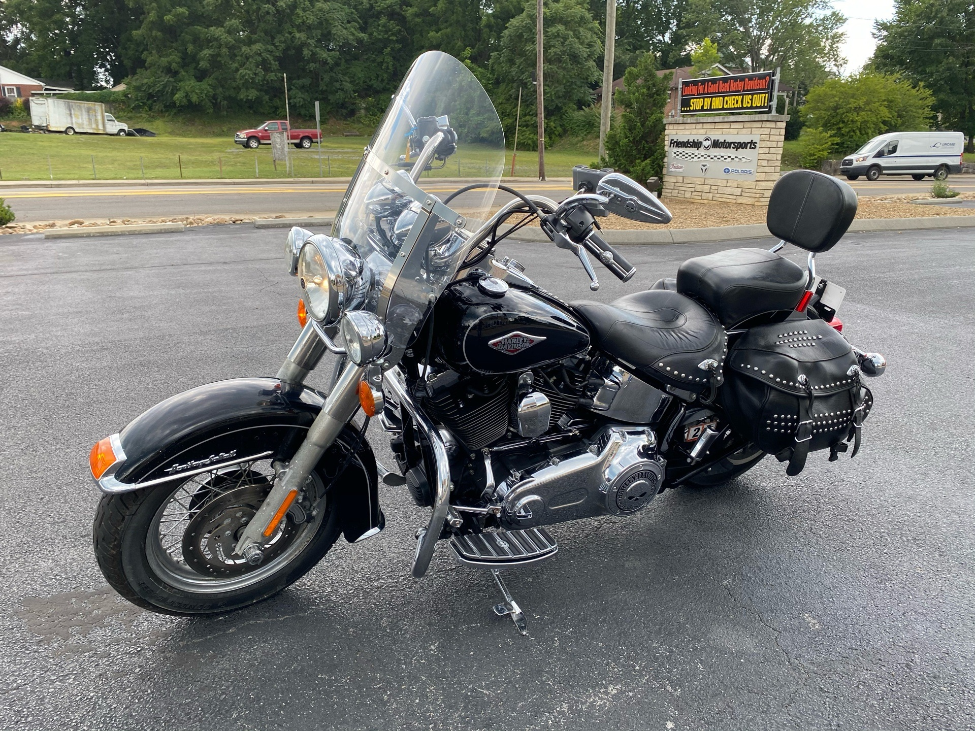 2012 Harley-Davidson Heritage Softail® Classic in Bristol, Virginia - Photo 4