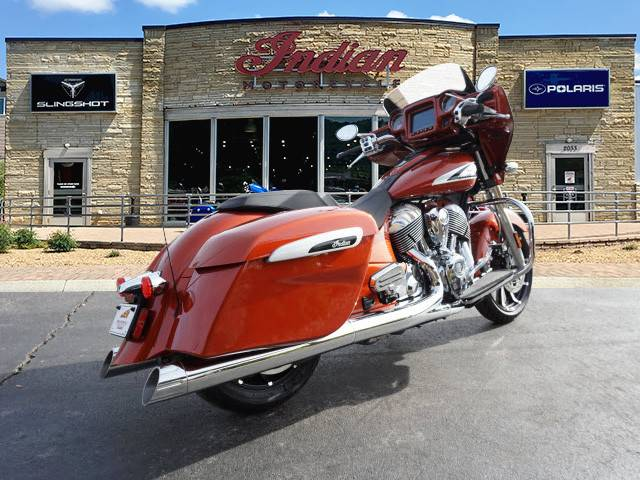 2019 Indian CHIEFTAIN LIMITED ICON SERIES in Bristol, Virginia - Photo 3