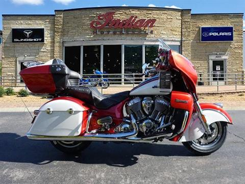 2019 Indian Roadmaster® Icon Series in Bristol, Virginia - Photo 2