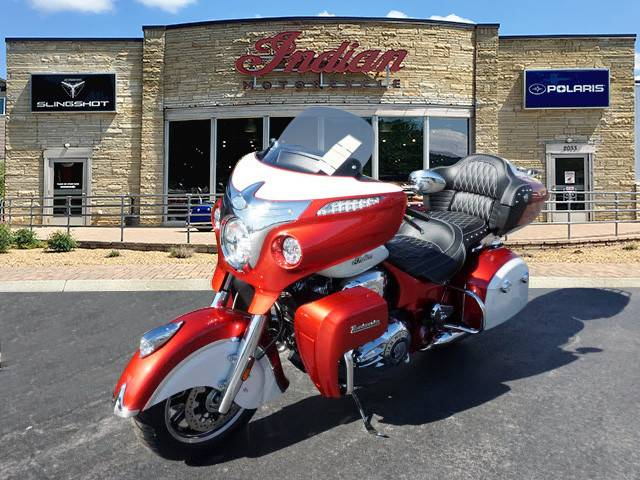 2019 Indian Roadmaster® Icon Series in Bristol, Virginia - Photo 6