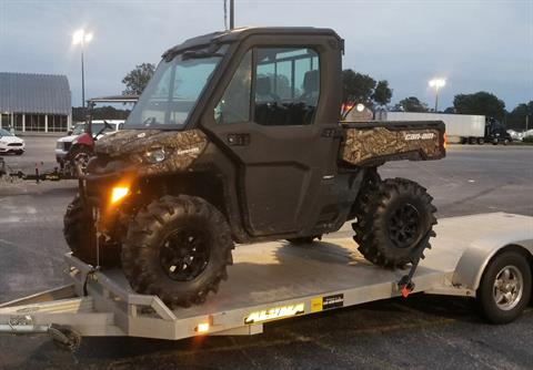 2019 Can-Am Defender XT CAB HD10 in Savannah, Georgia