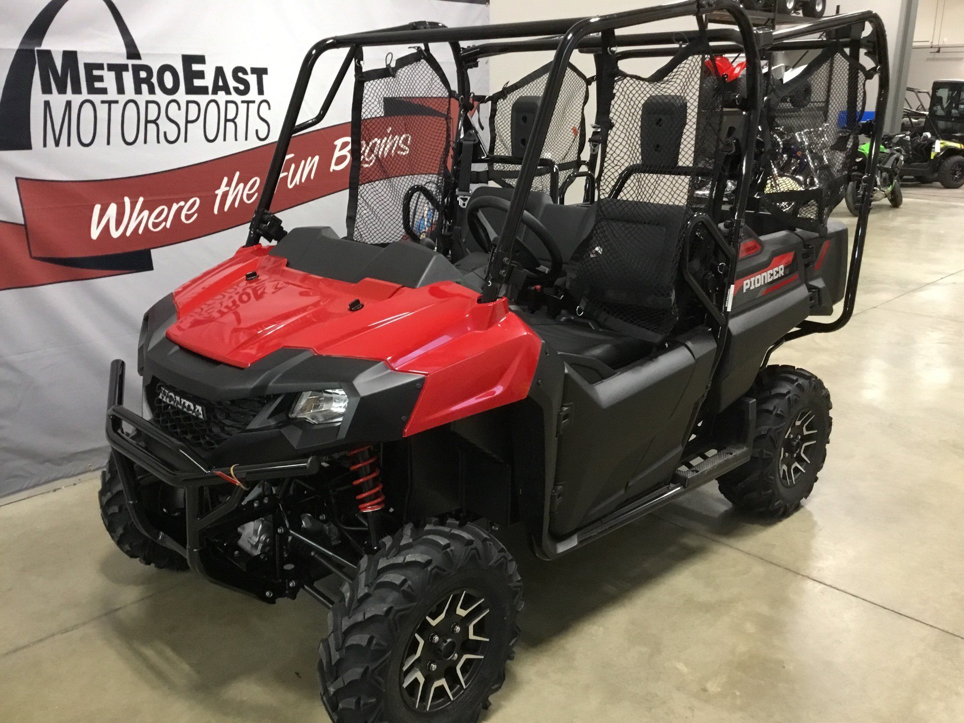2020 Honda Pioneer 700-4 Deluxe in O Fallon, Illinois - Photo 2