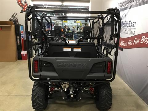 2020 Honda Pioneer 700-4 Deluxe in O Fallon, Illinois - Photo 5