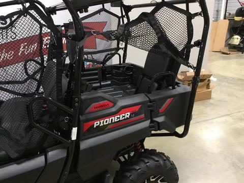 2020 Honda Pioneer 700-4 Deluxe in O Fallon, Illinois - Photo 9