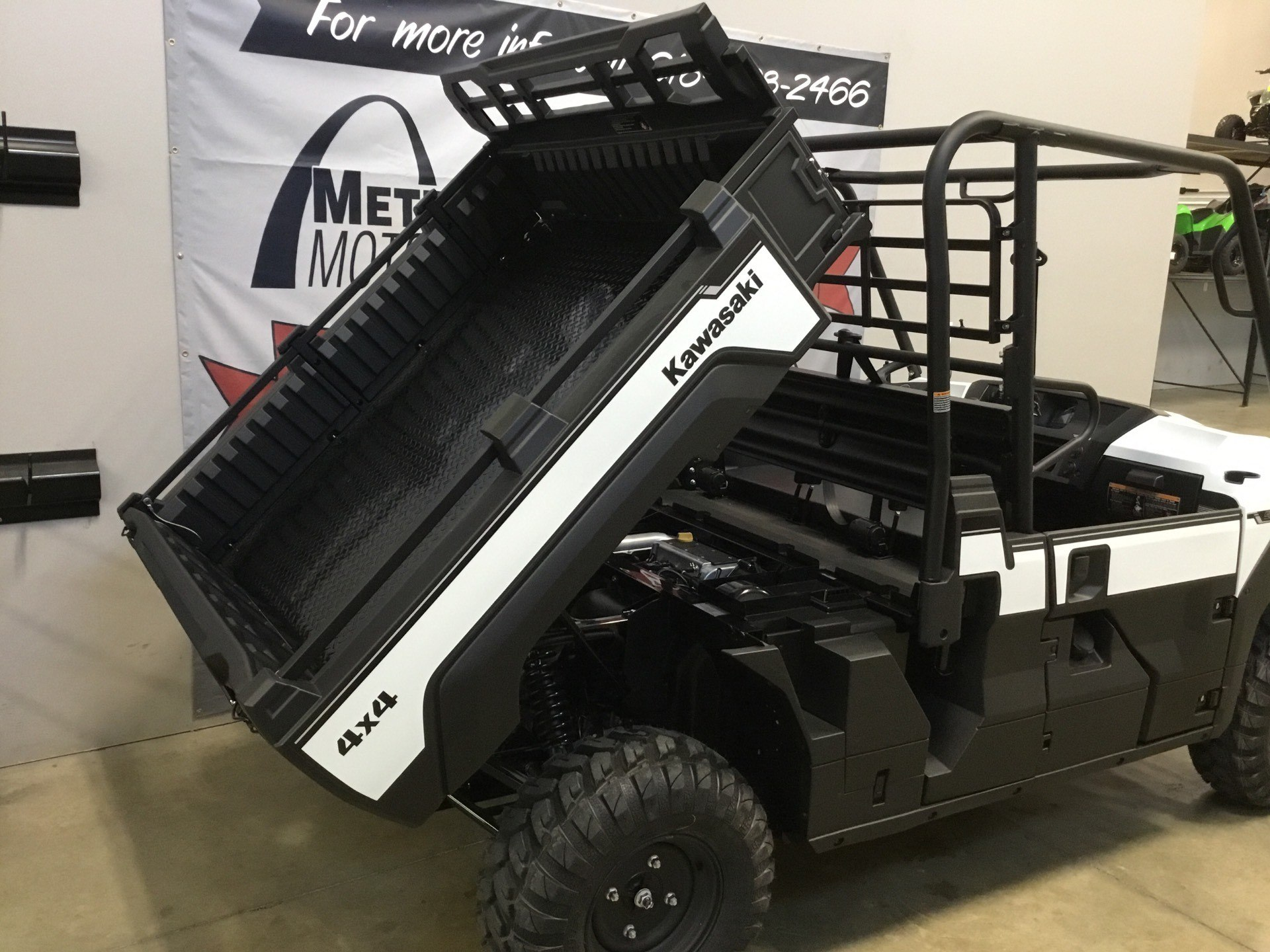 2020 Kawasaki Mule PRO-FX EPS in O Fallon, Illinois - Photo 12