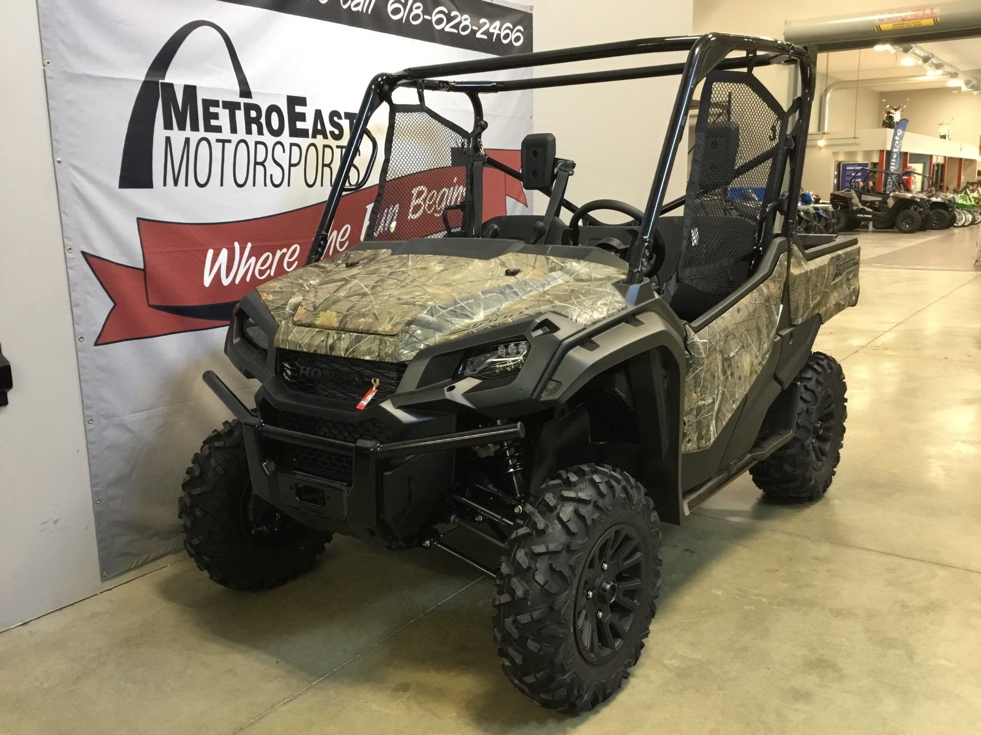 2020 Honda Pioneer 1000 Deluxe in O Fallon, Illinois - Photo 2