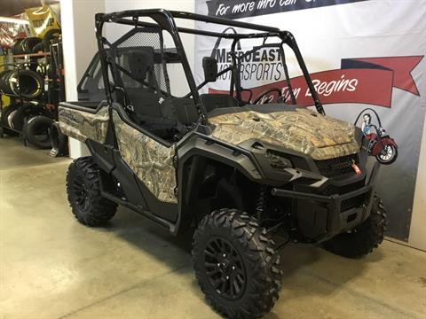 2020 Honda Pioneer 1000 Deluxe in O Fallon, Illinois - Photo 7