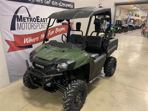 2020 Honda Pioneer 700 in O Fallon, Illinois - Photo 2