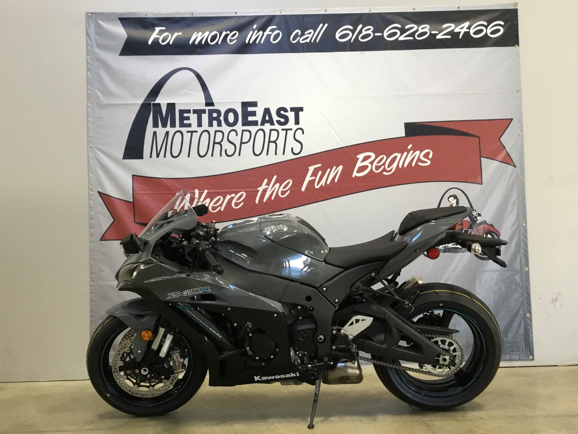 New 2019 Kawasaki Ninja Zx 10r Motorcycles In O Fallon Il Stock