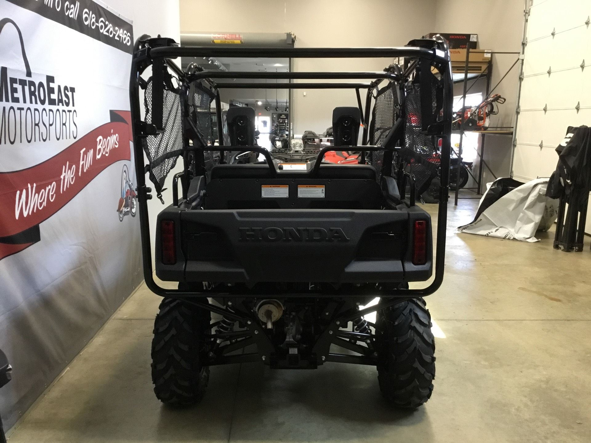 2019 Honda Pioneer 700-4 Deluxe in O Fallon, Illinois - Photo 5