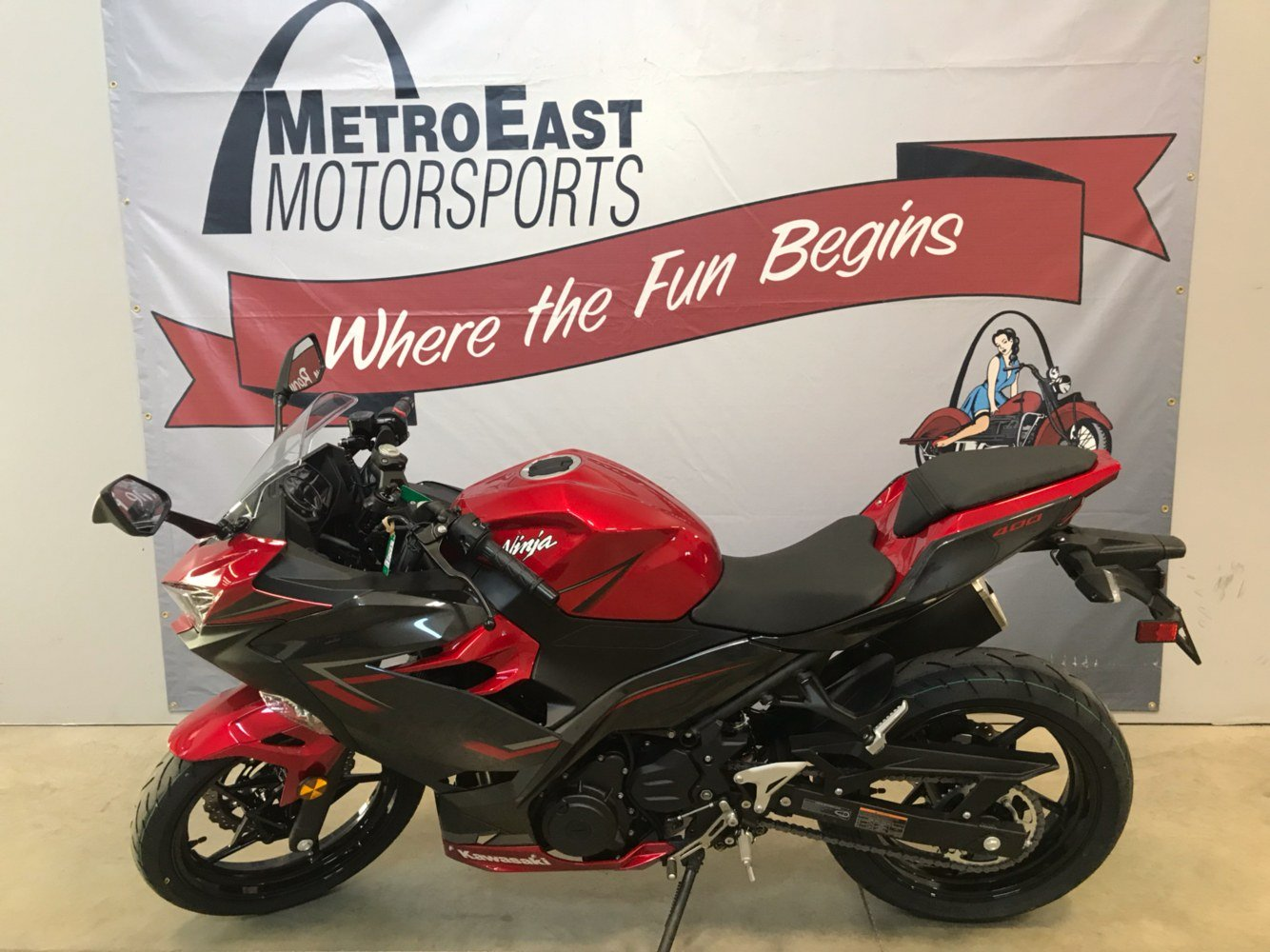 2019 Kawasaki Ninja 400 ABS in O Fallon, Illinois