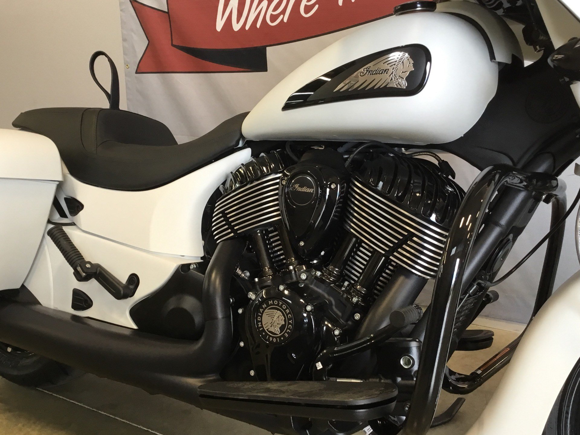 2019 Indian Chieftain Dark Horse® ABS in O Fallon, Illinois - Photo 15