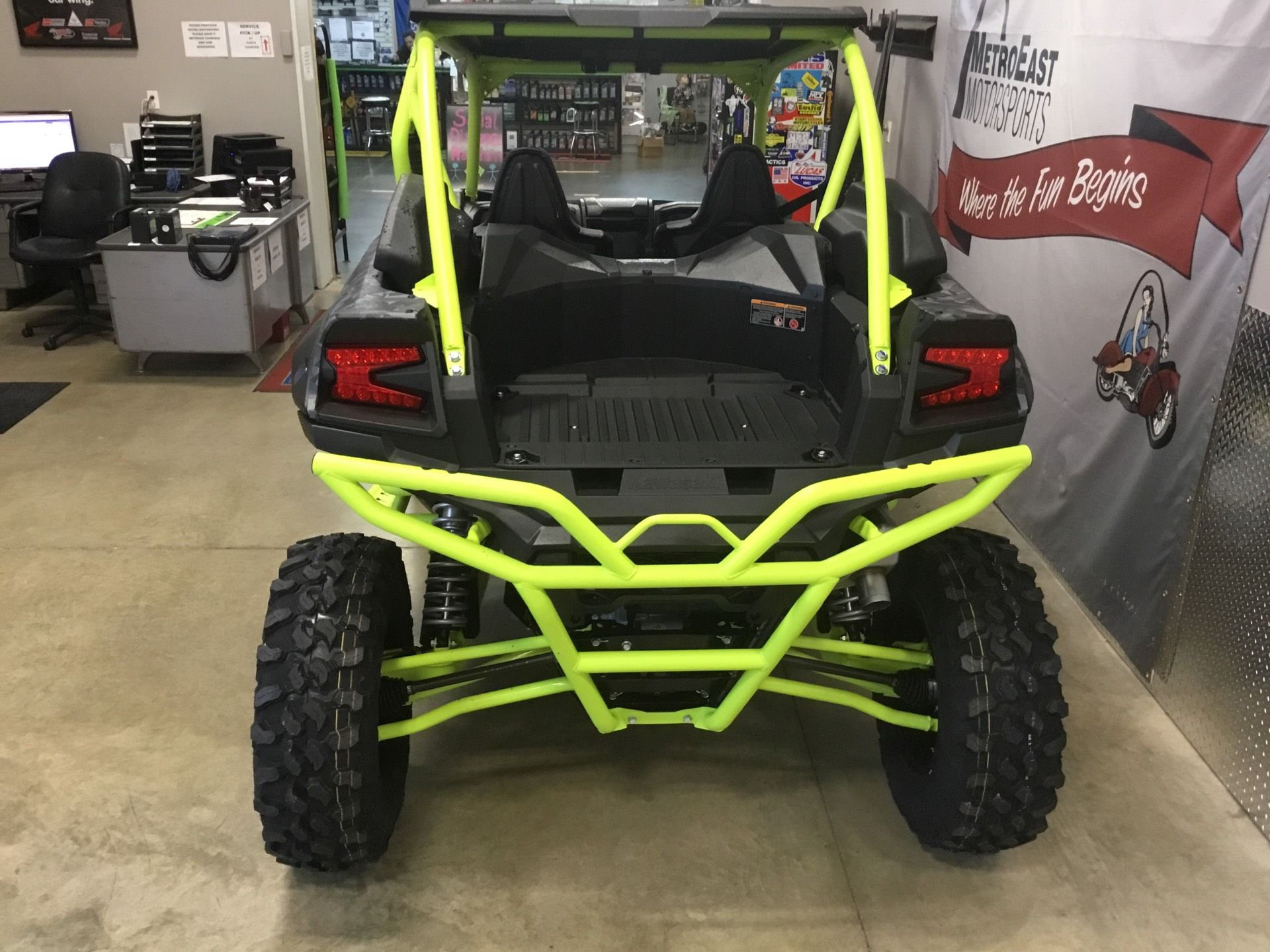 2021 Kawasaki Teryx KRX 1000 Trail Edition in O Fallon, Illinois - Photo 3