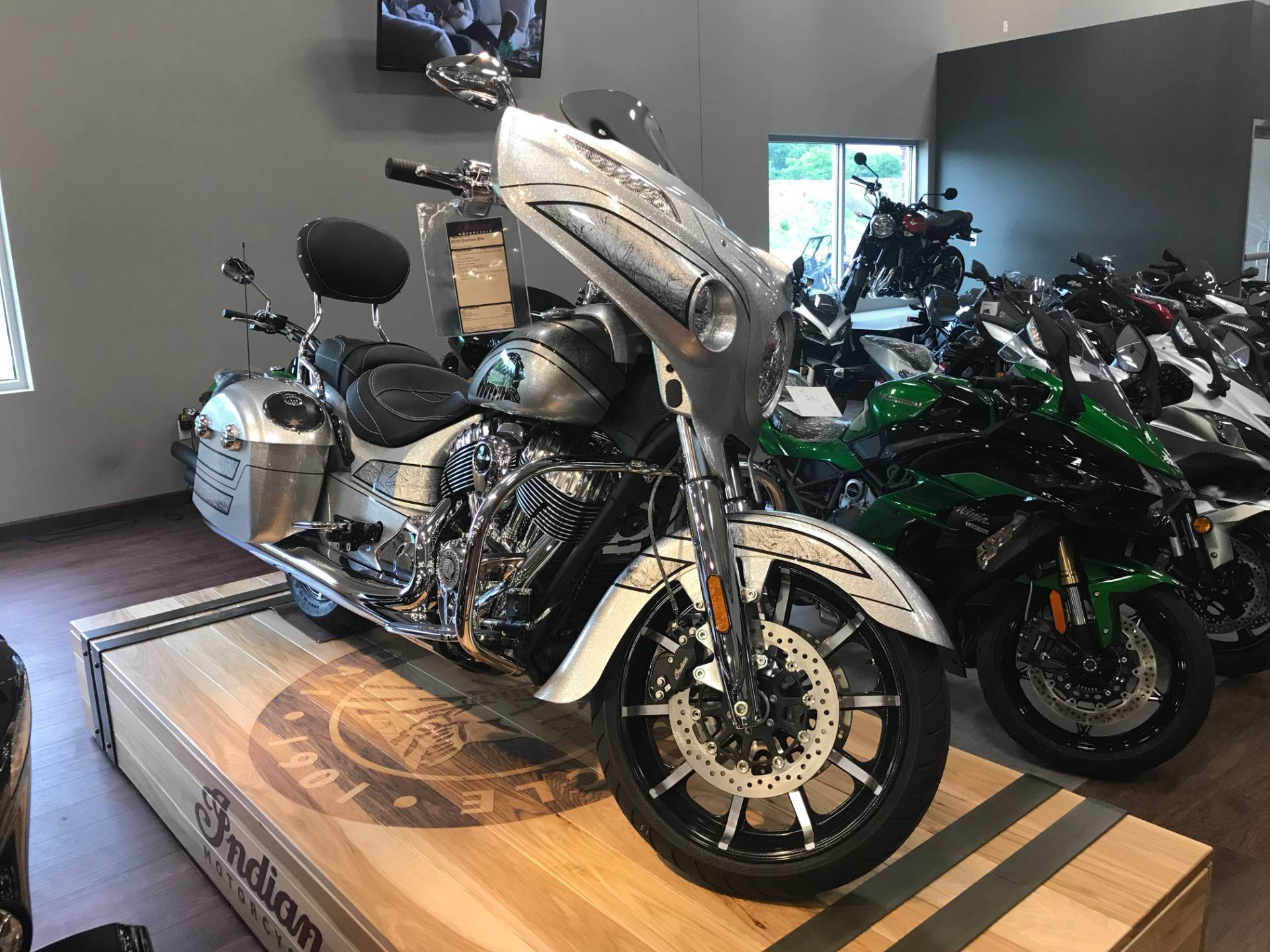 2018 Chieftain Elite