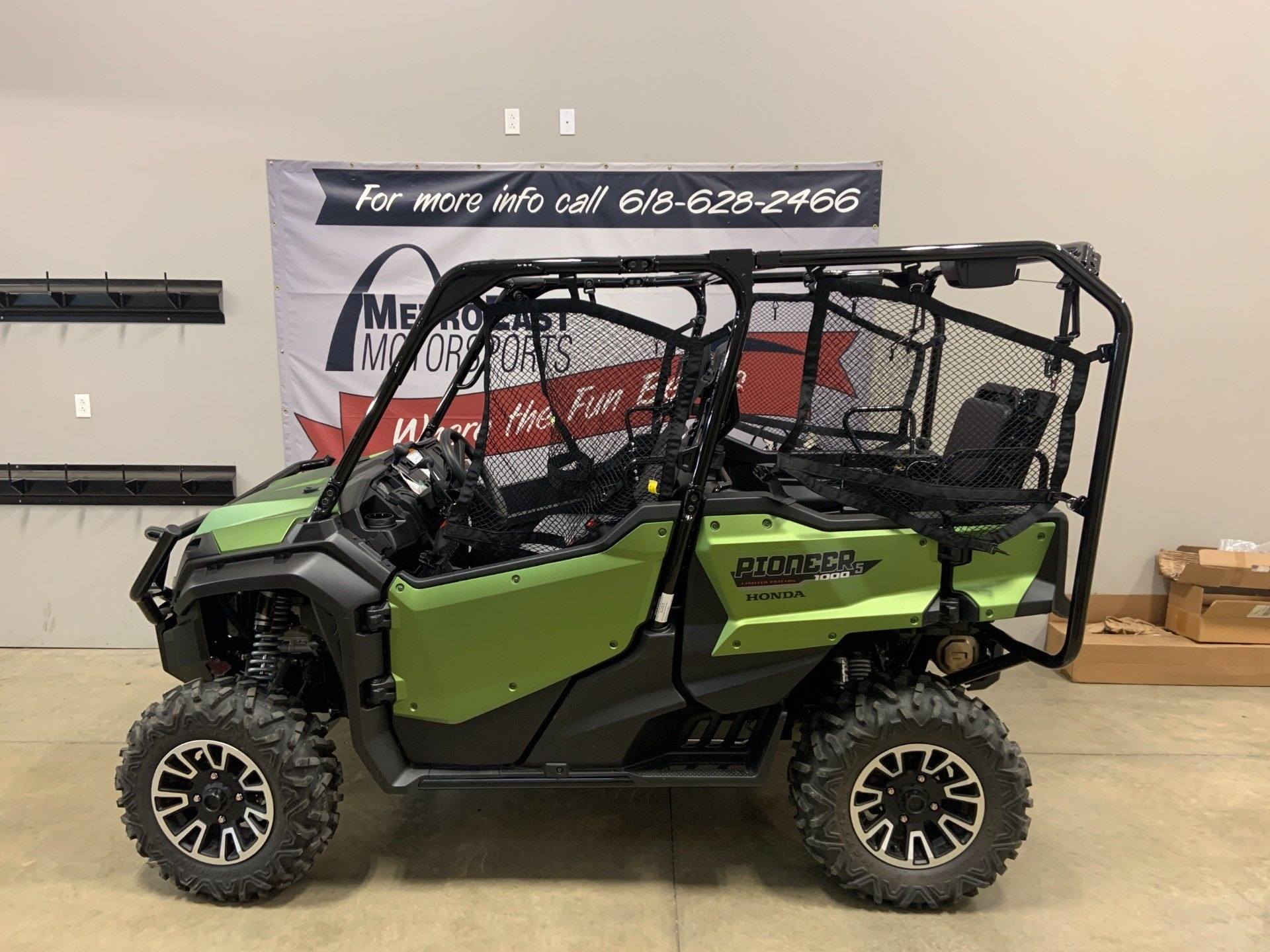 2020 Honda Pioneer 1000-5 LE in O Fallon, Illinois - Photo 1