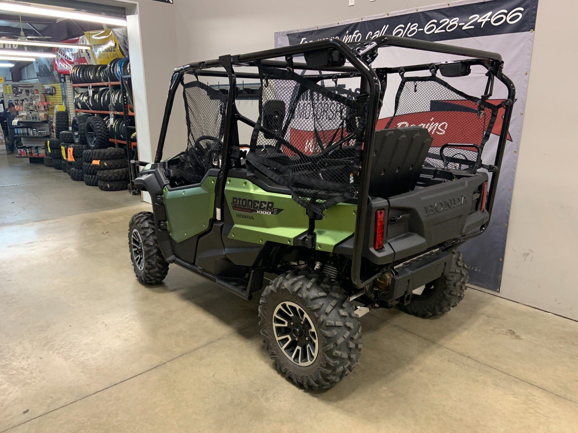 2020 Honda Pioneer 1000-5 LE in O Fallon, Illinois - Photo 4